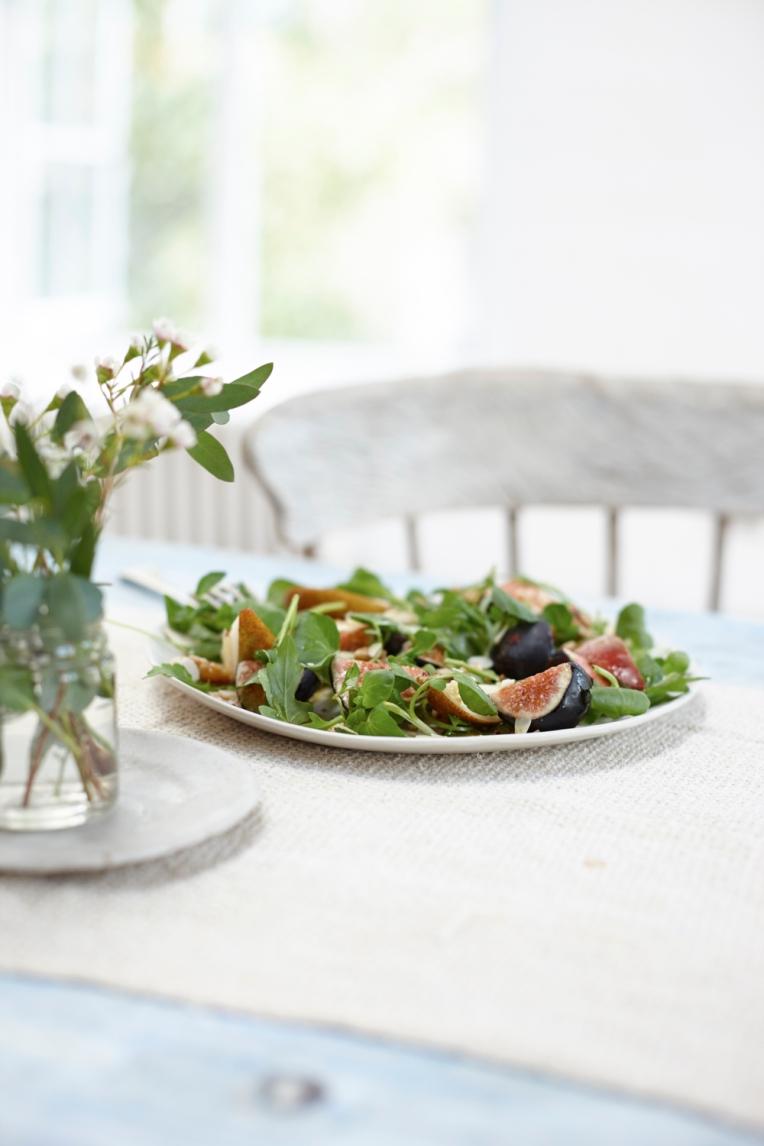 skin-healing-food-fig-salad